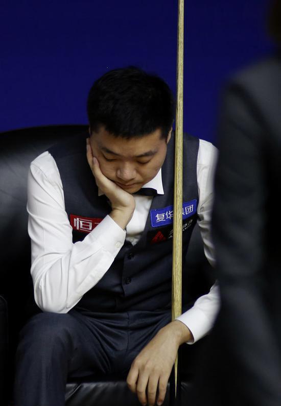 丁俊晖遭逆转,无缘2019斯诺克世锦赛八强!