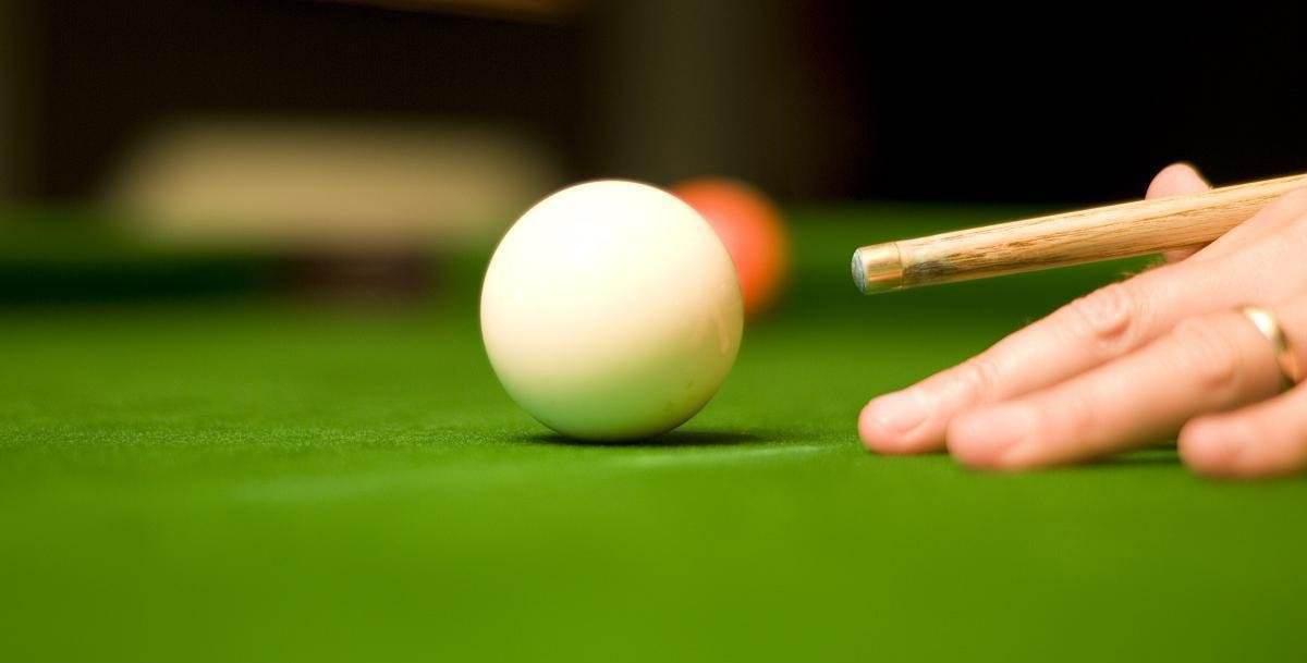 怎样挑选合适的台球桌毛毡?
